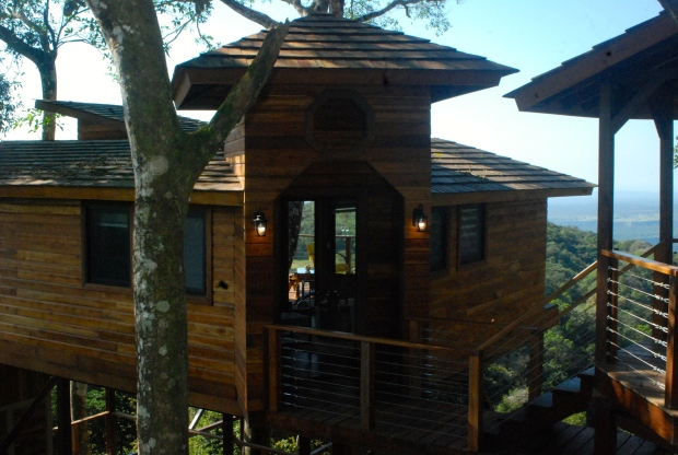Lucero Luxury Treehouse